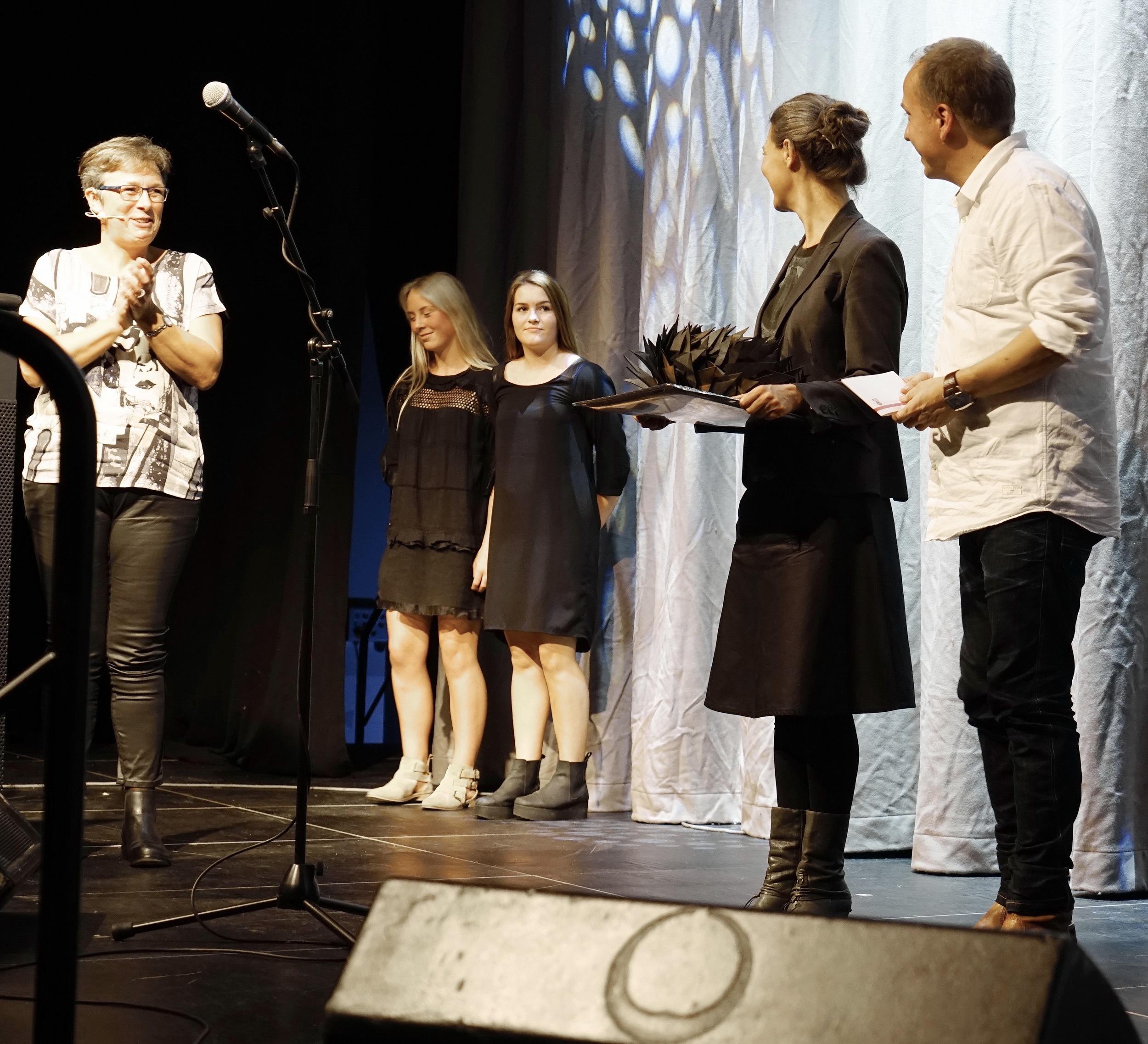 Pernille Bach og Christian Schrøder modtager Odder Kommunes Kulturpris 2015