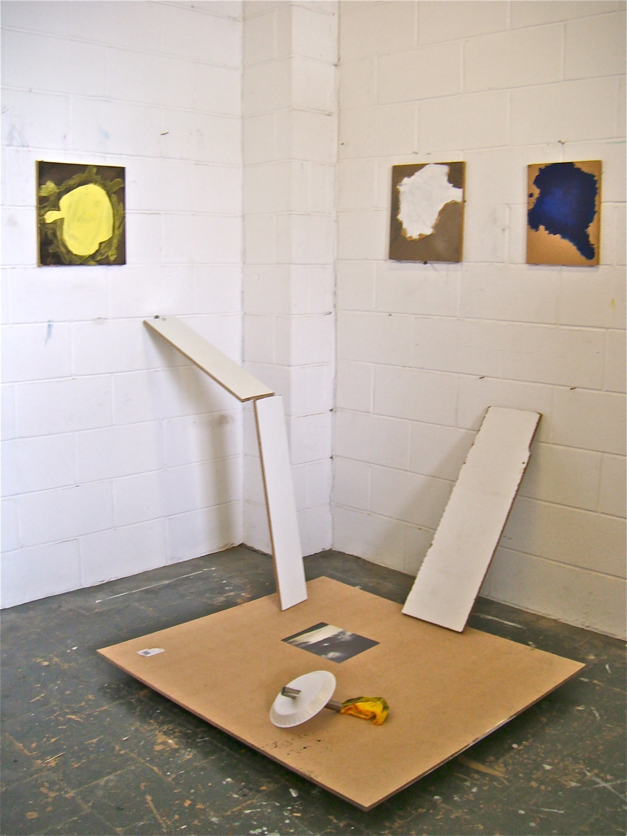 2013, Wall and floor pieces