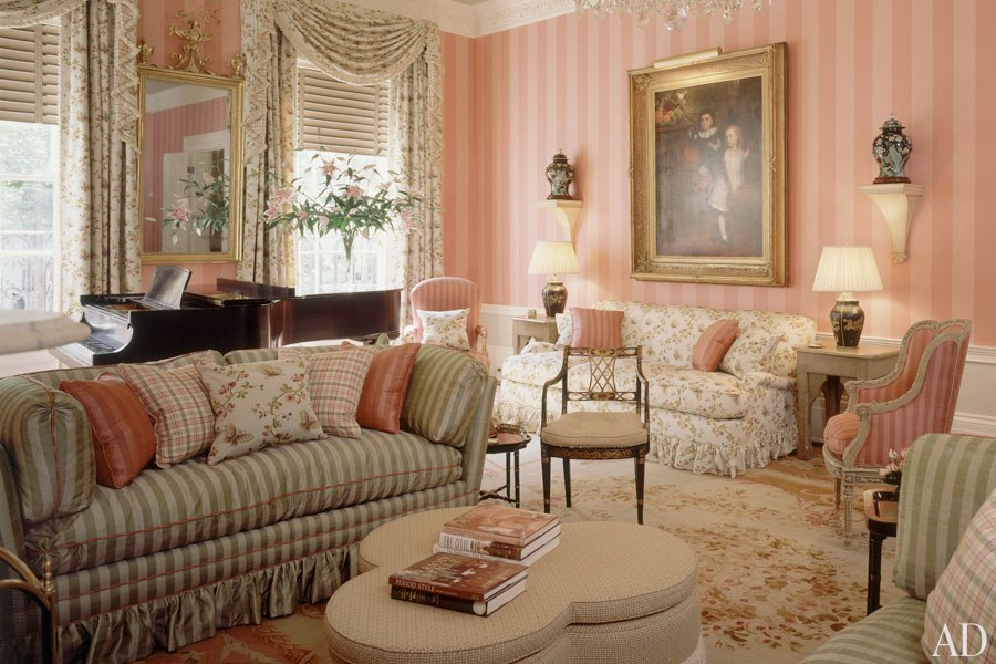 This week's featured interior designer is Isle of Man–born Anthony P. Browne, who got his start in the early '80s, at the height of the United States' love affair with all things British. Glazed chintz was de rigueur and the English country look was all the rage. Influenced by John Fowler, Browne learned the old-fashioned way: on the job, without any professional training or apprenticeships. Some of his clients included Andrew Lloyd Webber and Oprah Winfrey, the latter of which hired him to decorate three of her homes.