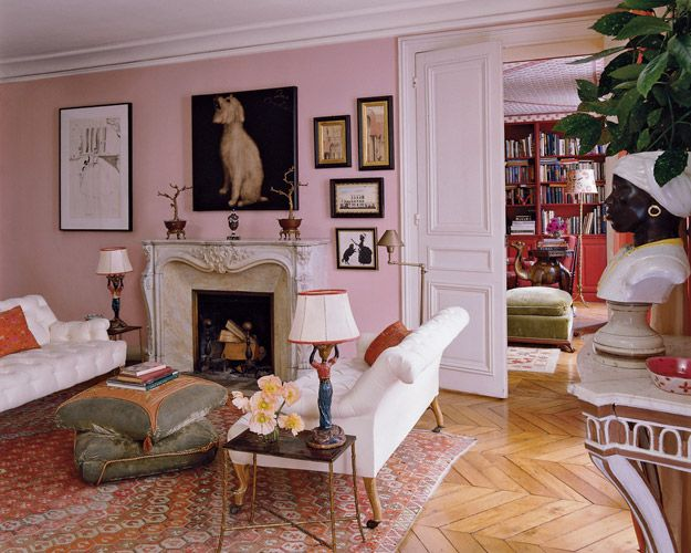 Textile Designer  Lisa Fine  may no longer call Paris home, but one look at her past places in the City of Light and it's plain to see that she always loved her unique Bohemian romantic style, and secondly, that she has always had wonderful taste.  The Neo-Trad  recently rounded up a few shots of Fine's Paris apartments as featured in Elle Decor, The New York Times, and Lonny. Scroll through for a glimpse at the designer's très chic past homes.