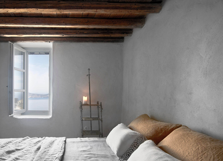 est-living-interiors-Milos-House-K-studio-6-2.jpg