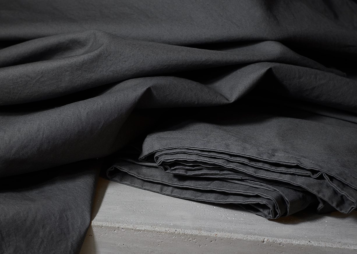 Aska Grey Detail 3 LU.jpg