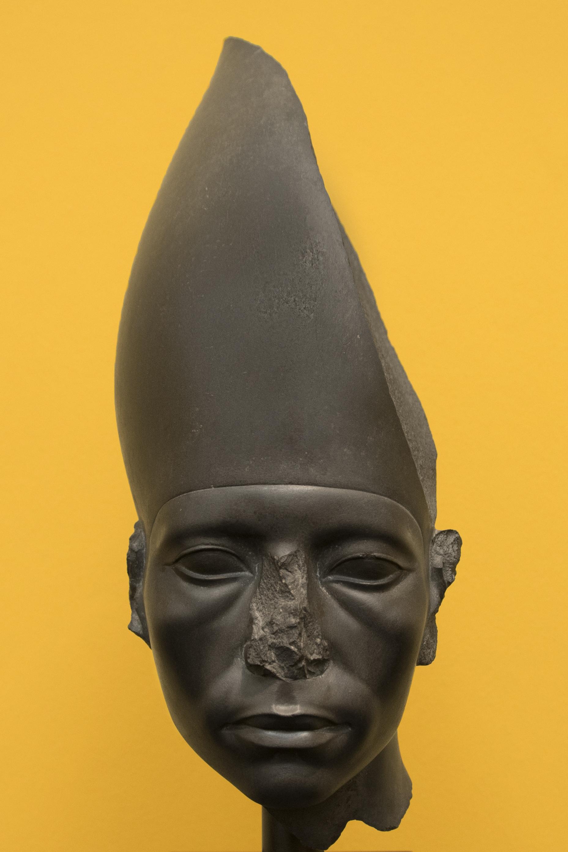 egyptisk byste.jpg