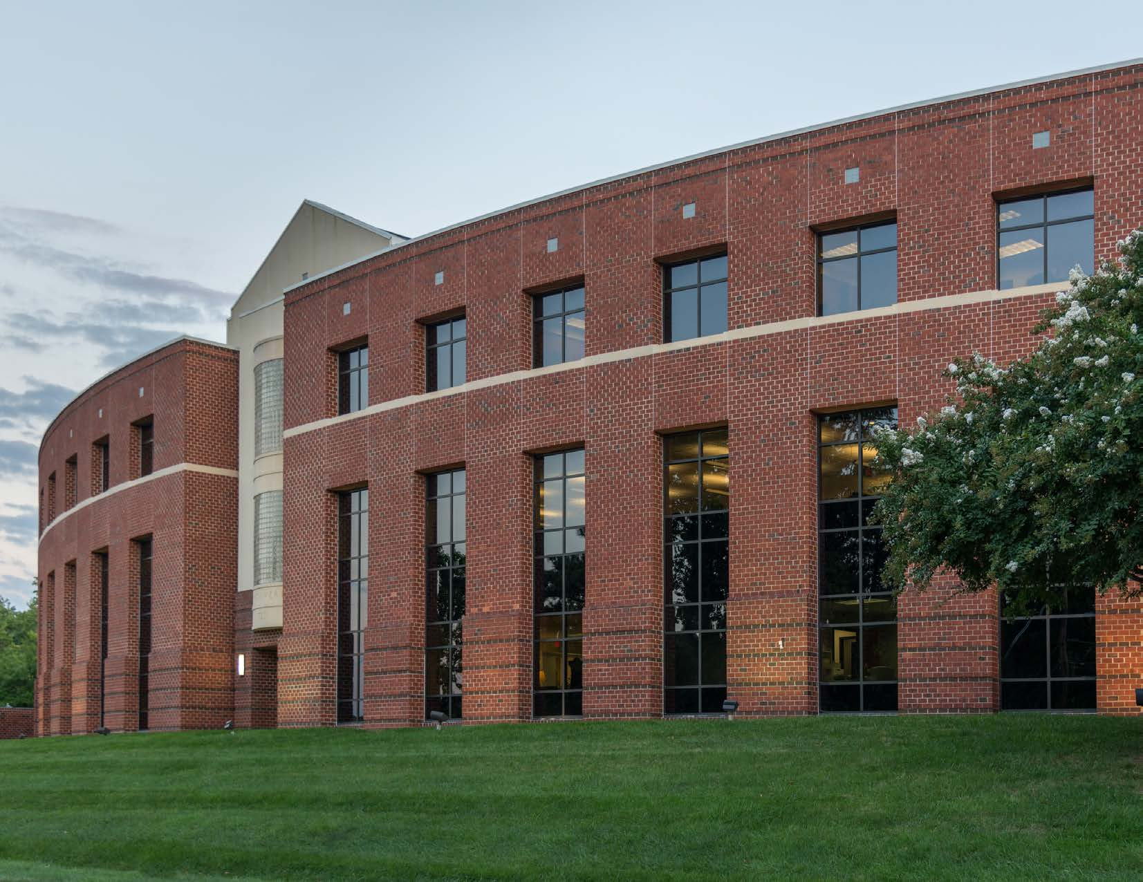 Equity Investment  40,902 Sf Medical Office Building  Richmond, VA
