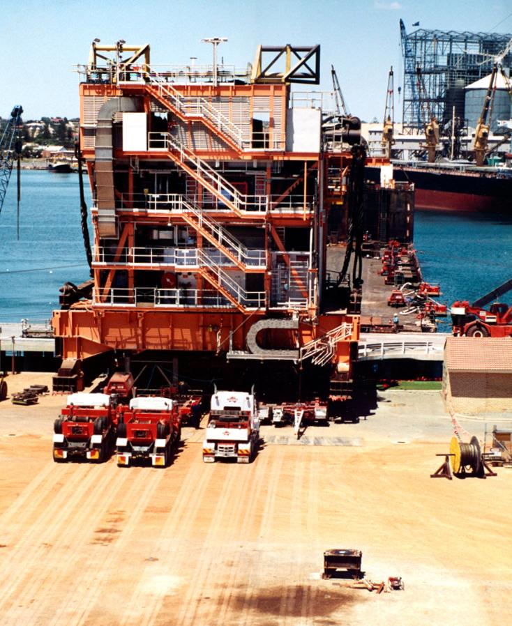 WOODSIDE /2 Goodwyn Drilling Modules Weighing & Loadout /  Geraldton, Western Australia