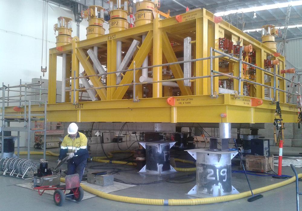 CAMERON APACHE ENERGY /   Balnaves Sub-sea Manifold 89 Tonne