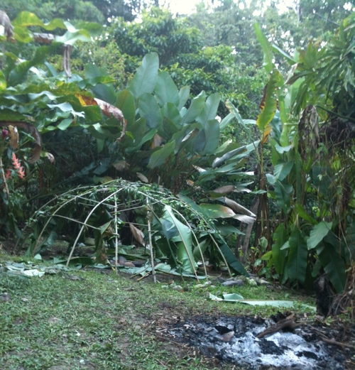 building sweat lodge Mexica moon lodge in Puerto Viejo, CR