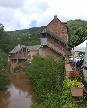 Villecomtal - Dordou River