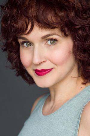 Megan Murphy Chambers,  mezzo-soprano The Moll