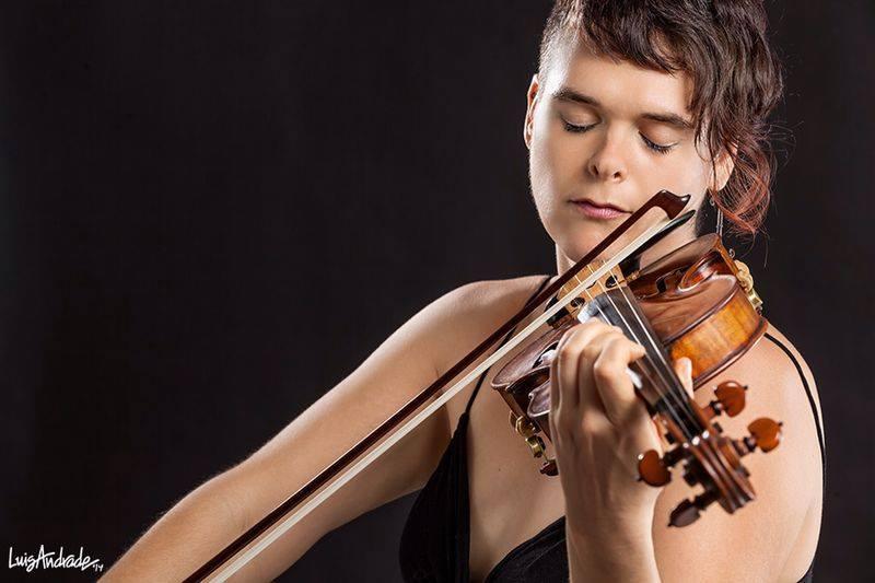 Deborah Katz, violin