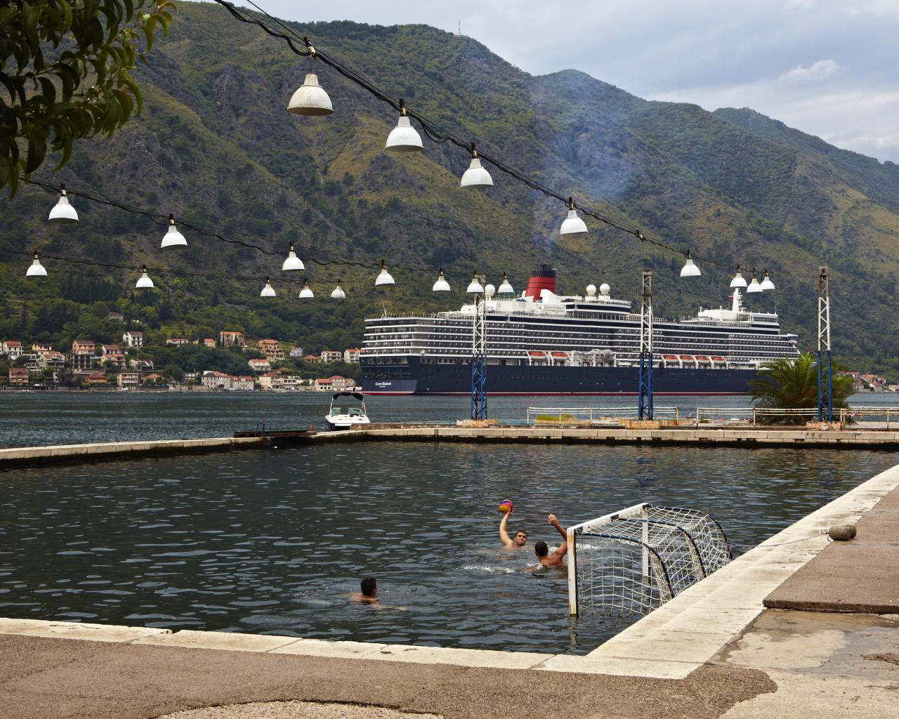 Water Polo. Kotor, Montenegro.
