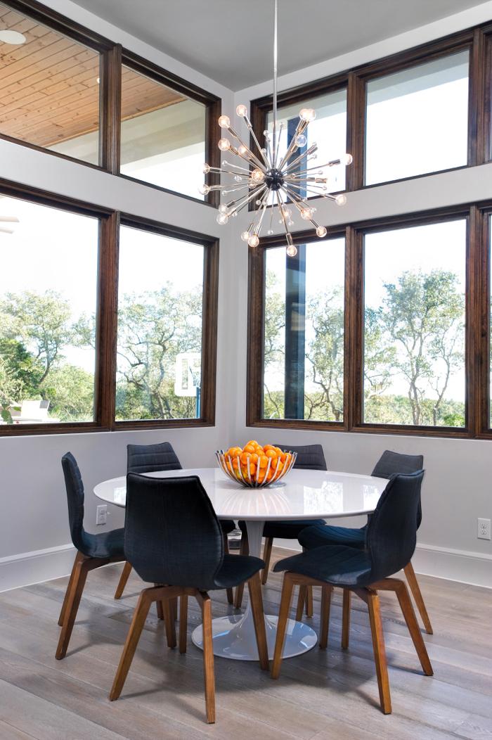 dining table_700x1052.jpg