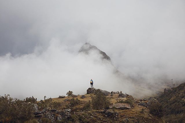 Cloud chasing in Peru.  #adventure #travelphotography #perutourism #gadventures #adventurephotography #trekking #advertisingphotography #hikingadventures #hiking #canon5ds #canonaustralia #canonusa #mikeyandersson