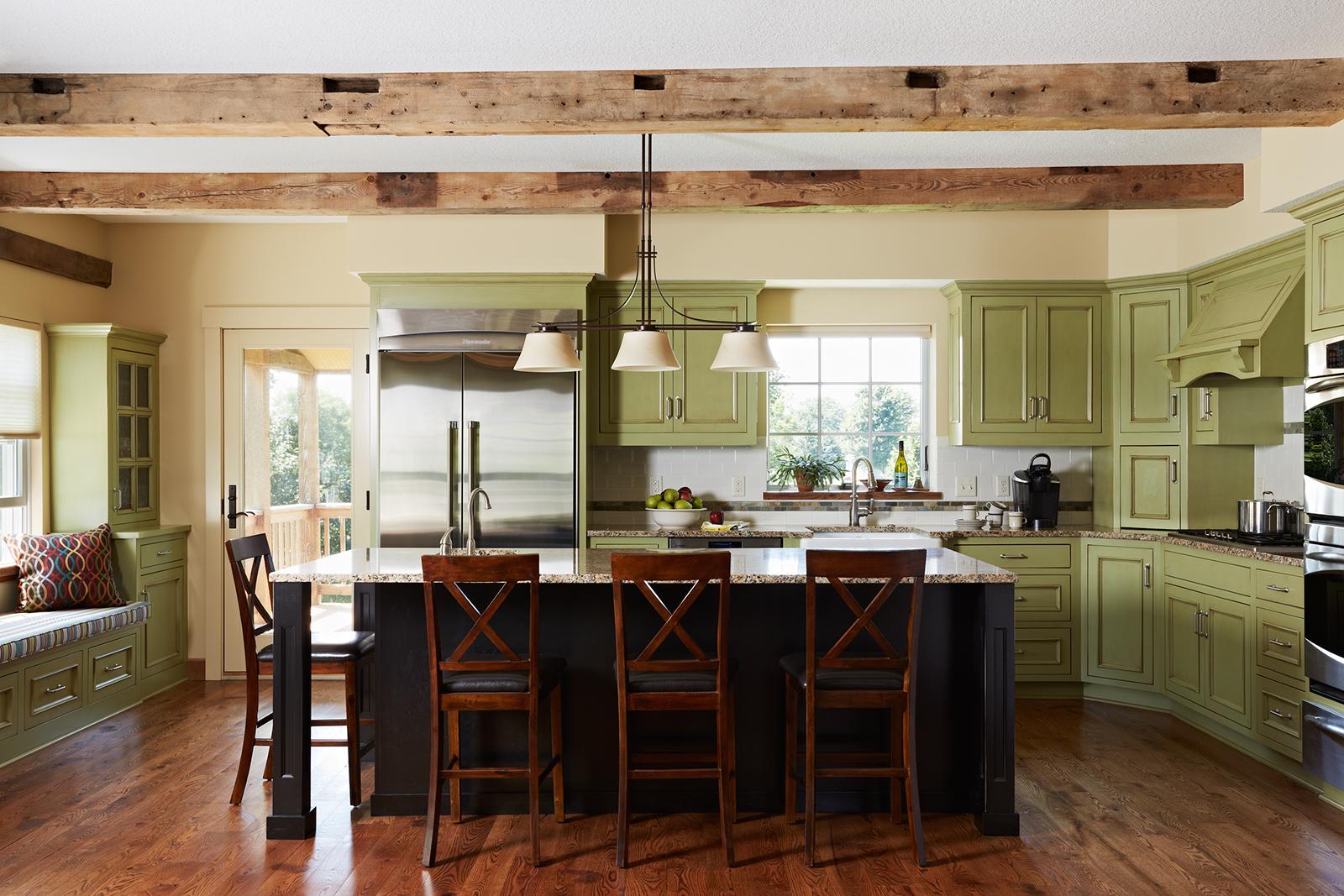 Barn_kitchen-v1_lrg.jpg
