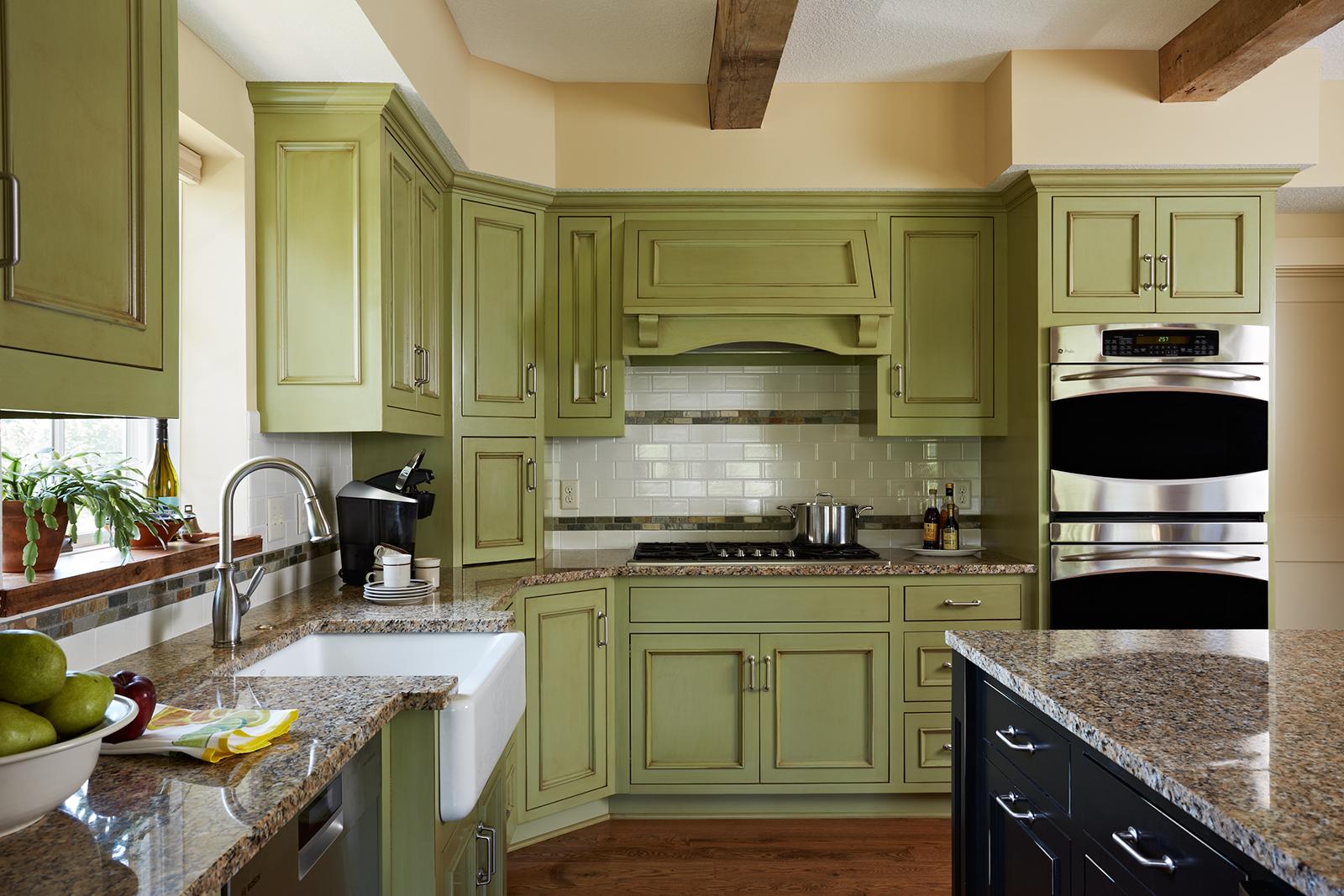 Barn_kitchen-v2_lrg.jpg
