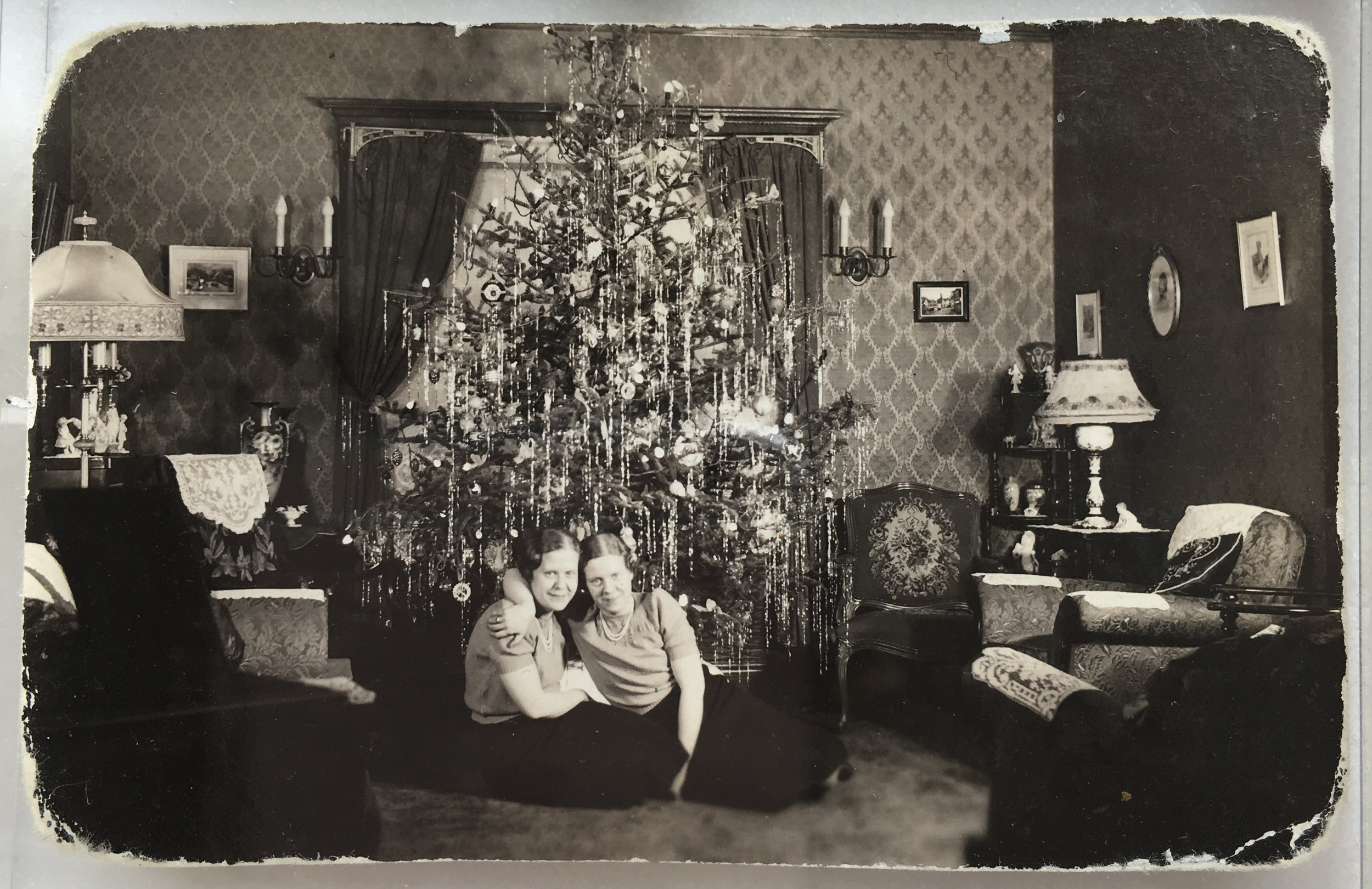 Christmas at the home, 1930's