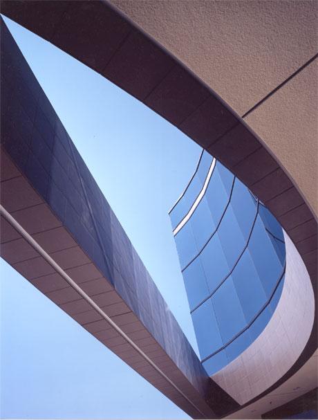westerra-plaza-curve.jpg