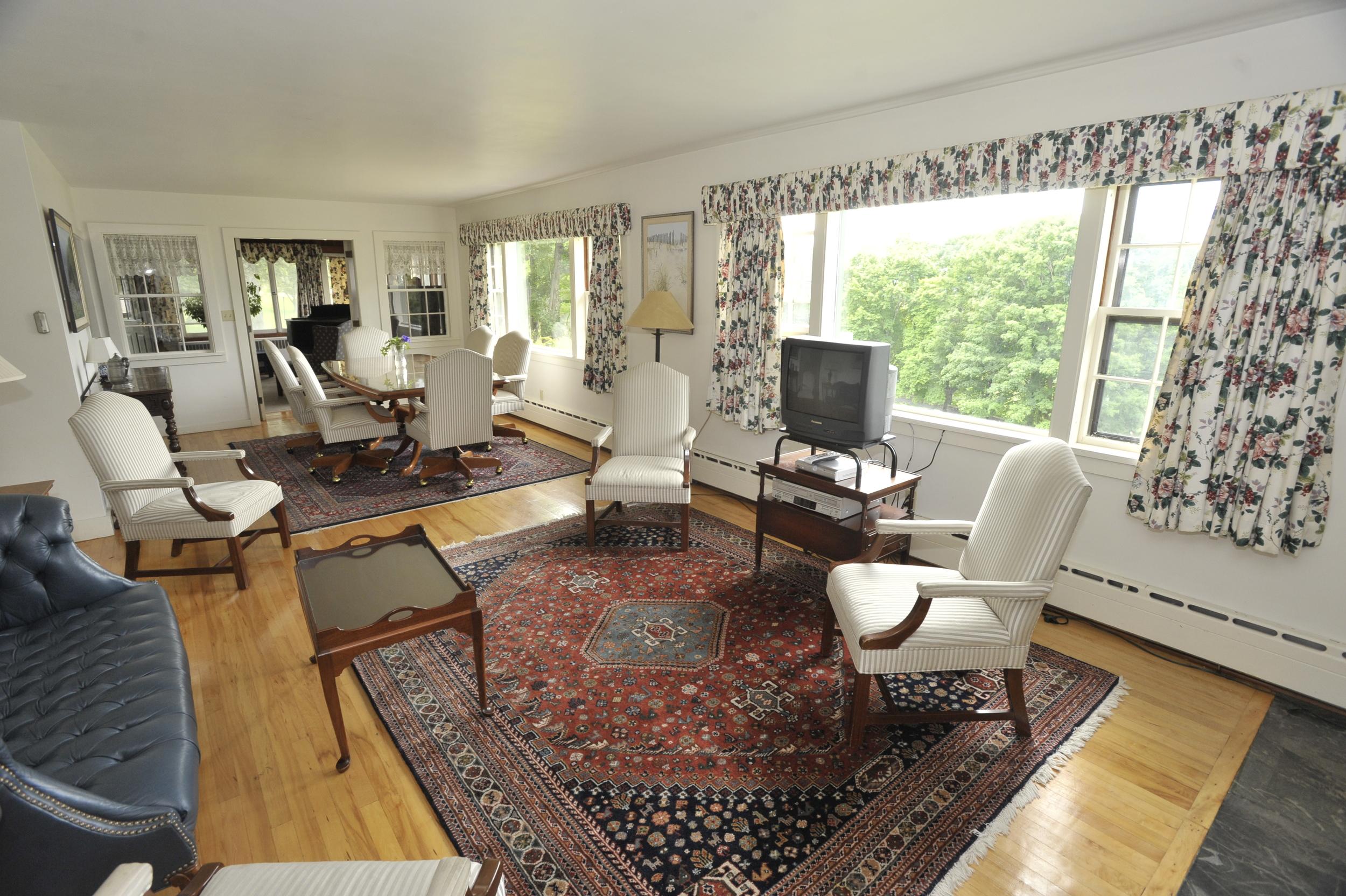 Innkeeper's Cottage Living Room