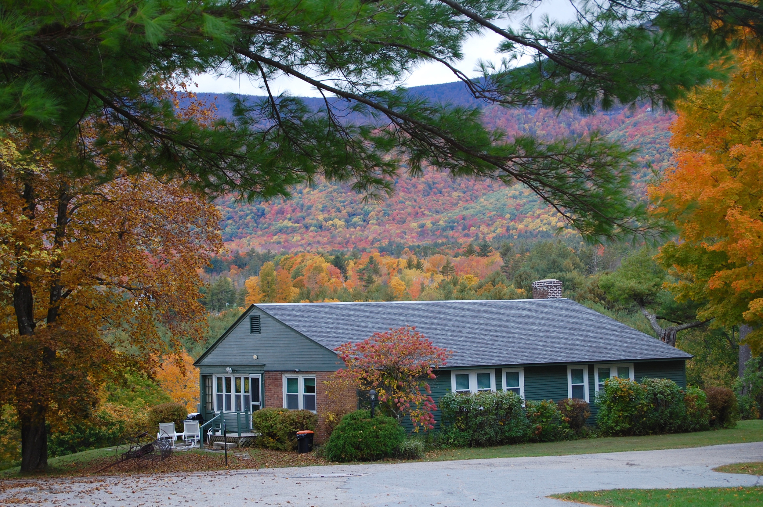 Innkeepers cottage fall.jpg