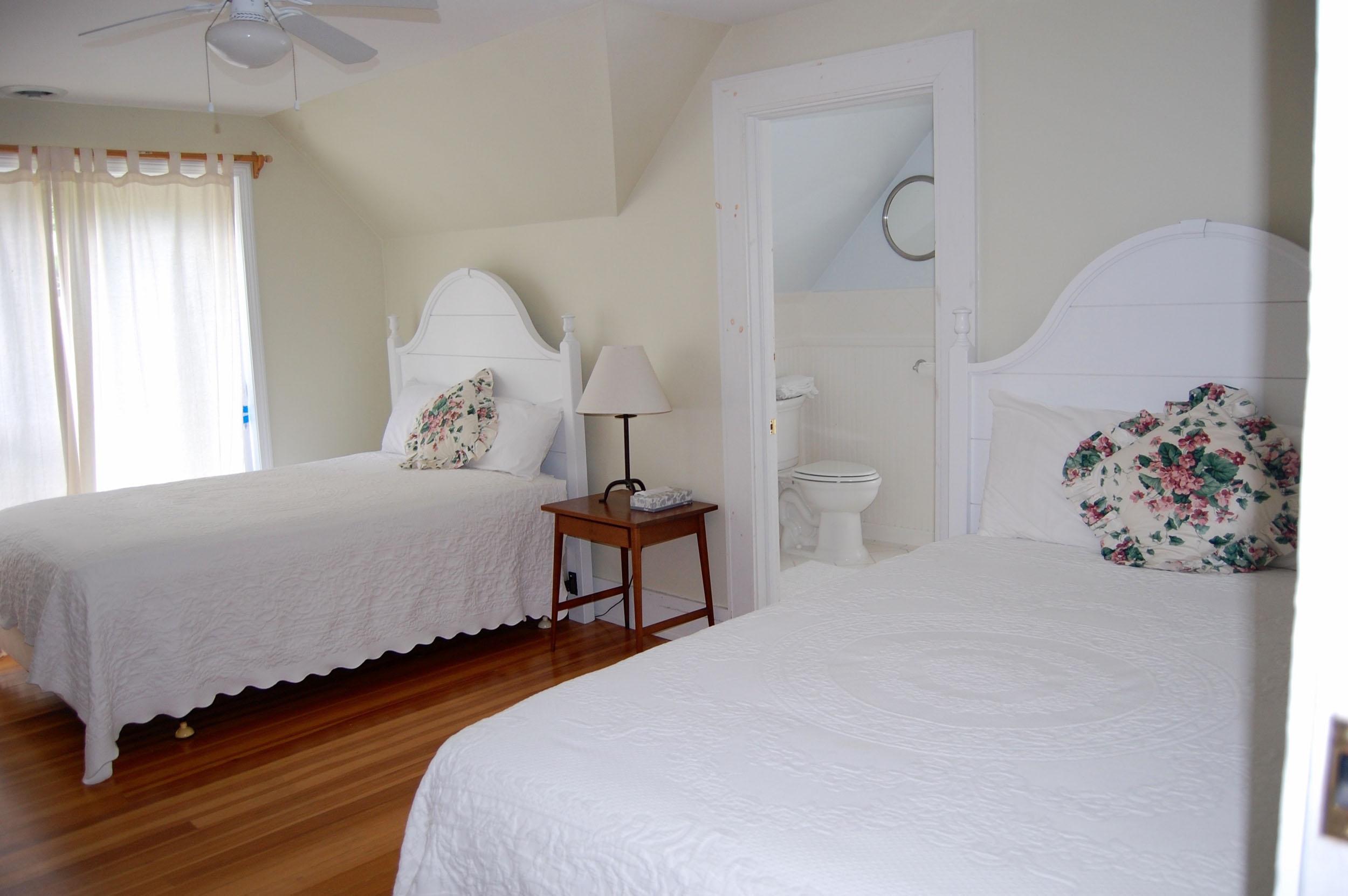Room 6 2 fulls BVM.jpg