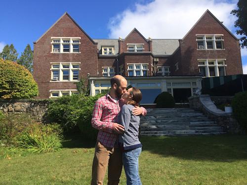 1st_anniversary_kiss_Wilburton_Inn.jpg