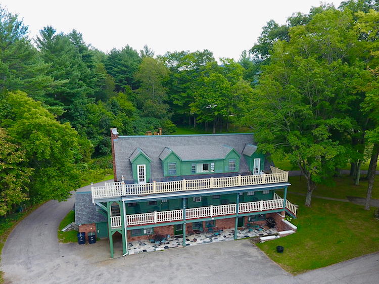 Strawberry Hill Villa Manchester VT.jpg
