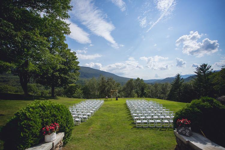 Wilburton Inn Venue Wedding Summer.jpg