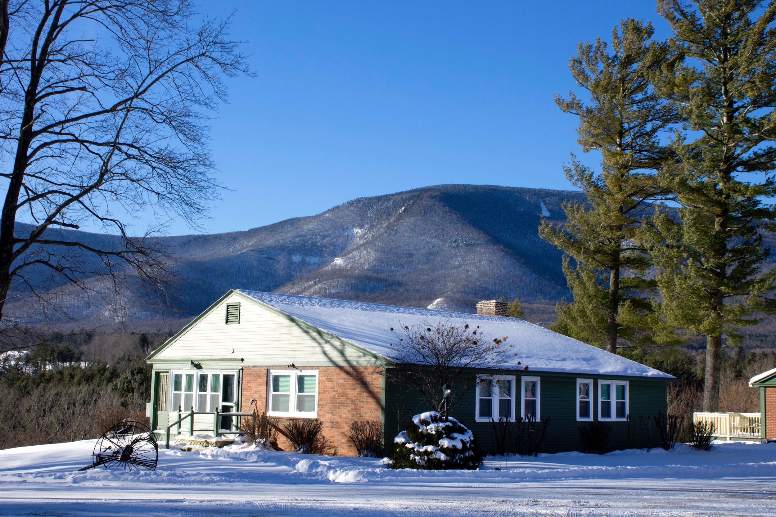 Winter Innkeepers cottage Distant VTLR-min.jpg