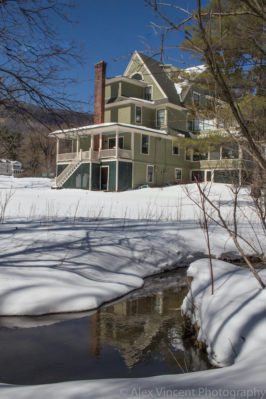 stream behind Mansion winter.jpg