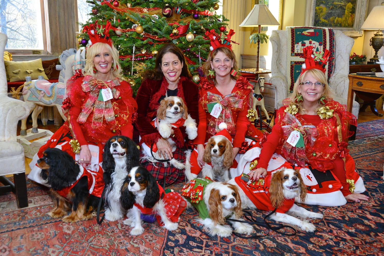 Wilburton_Inn_VT_Holidays_Dogs.jpg