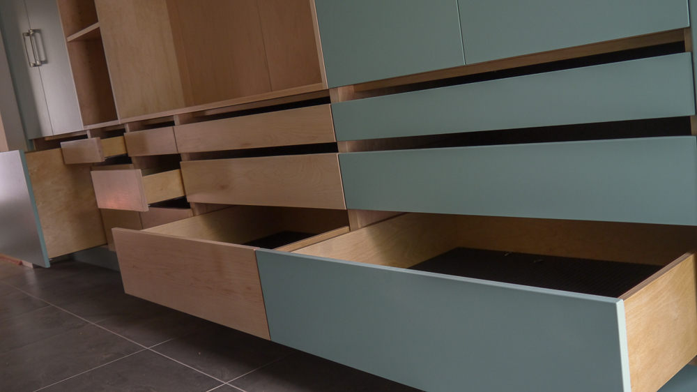 JSH Reno - Cabinet 06.jpg