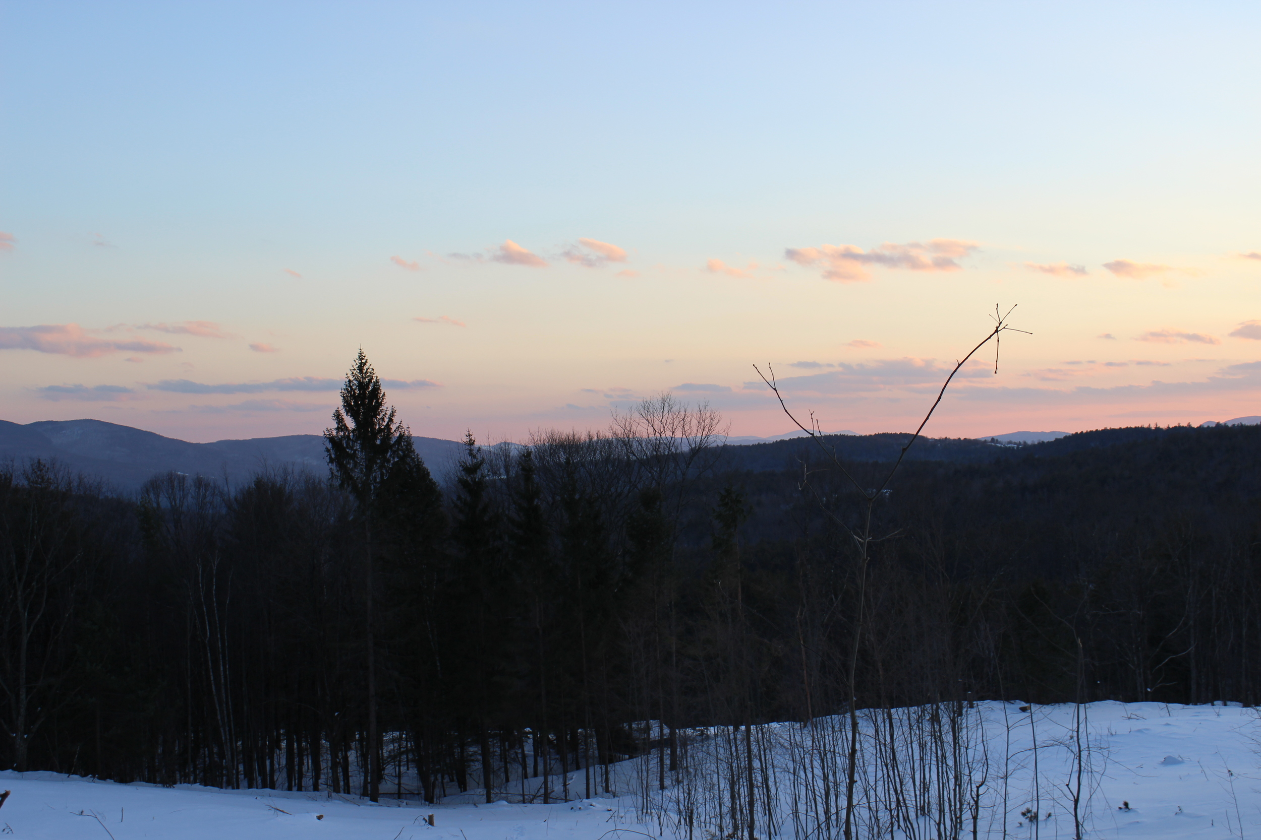 The thing about waking up for the sunrise on a February morning in the White Mountains is that, among other things, it sure ispretty.