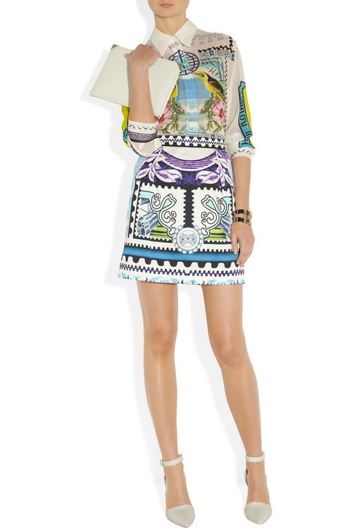 Shirt and skirt by Mary Kantranzou, shoes and clutch by Alexander Wang and bracelet by Eddie Borgo.