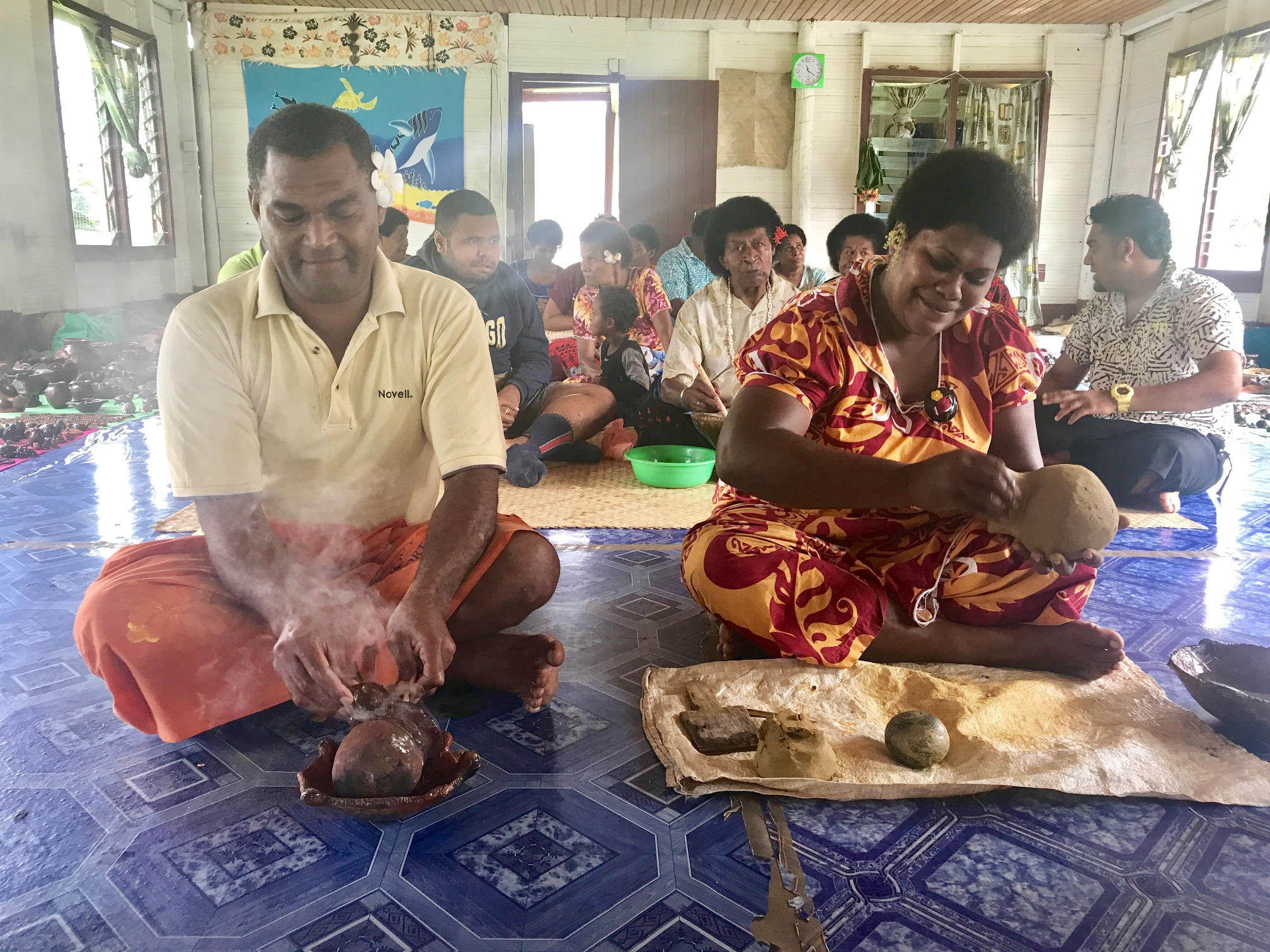 Our visit to Sigatoka pottery village. The locals make the pottery from clay found in the village and glaze it with tree sap. How resourceful!