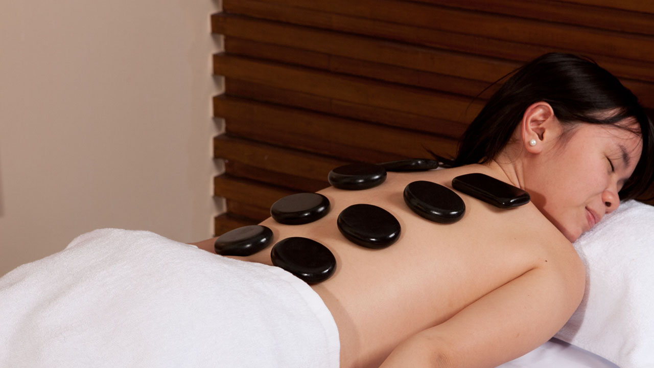 HOT STONE MASSAGE horiz.jpg