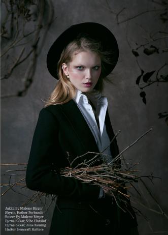 Sobiralski_Print0 Pearl Model Management.png