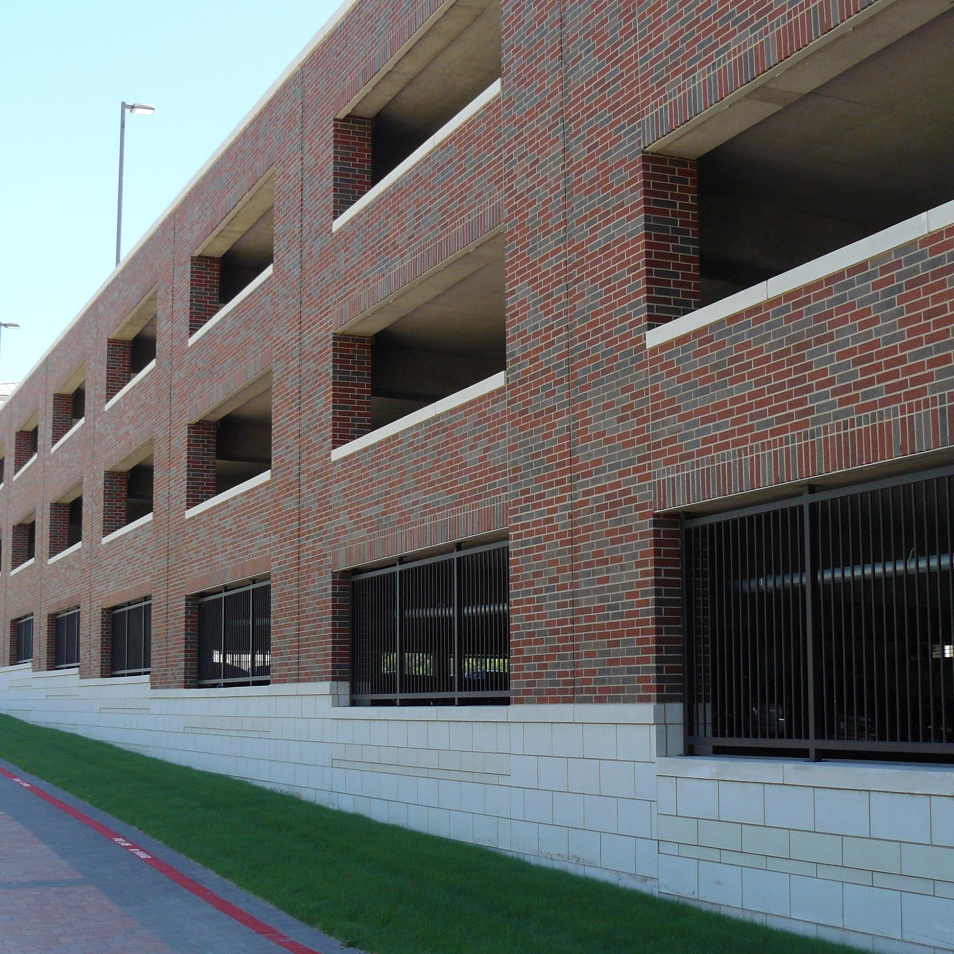 Collin College Learning Resource Center Parking Garage