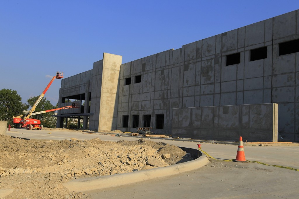 The new Quaker Food Products warehouse in Lancaster is among the 10 million square feet being built.(DMN files)
