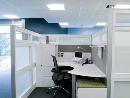 Xsite glazed panels to floor with Footprint surfaces and Hero chair