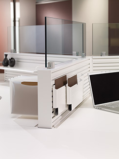 Frameless upmount glass and perks accessories on Xsite panels