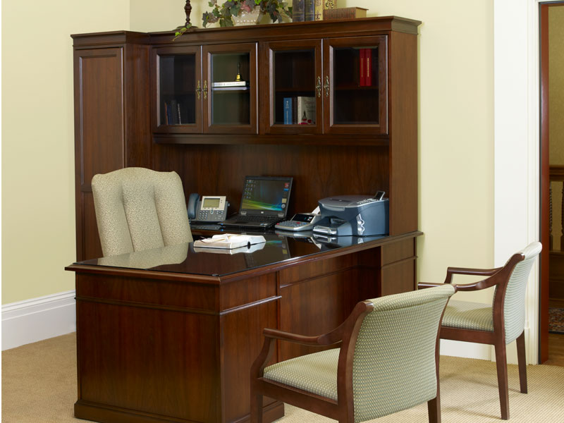 Private office with Senator desk and storage, Clairmont seating, and Beo guest seating