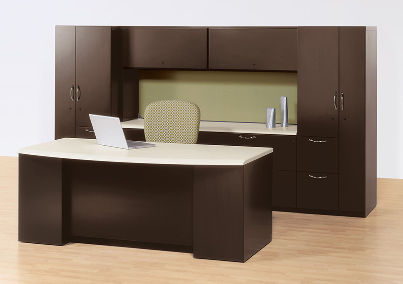 Single workstation created with Footprint worksurfaces and storage and Wish seating