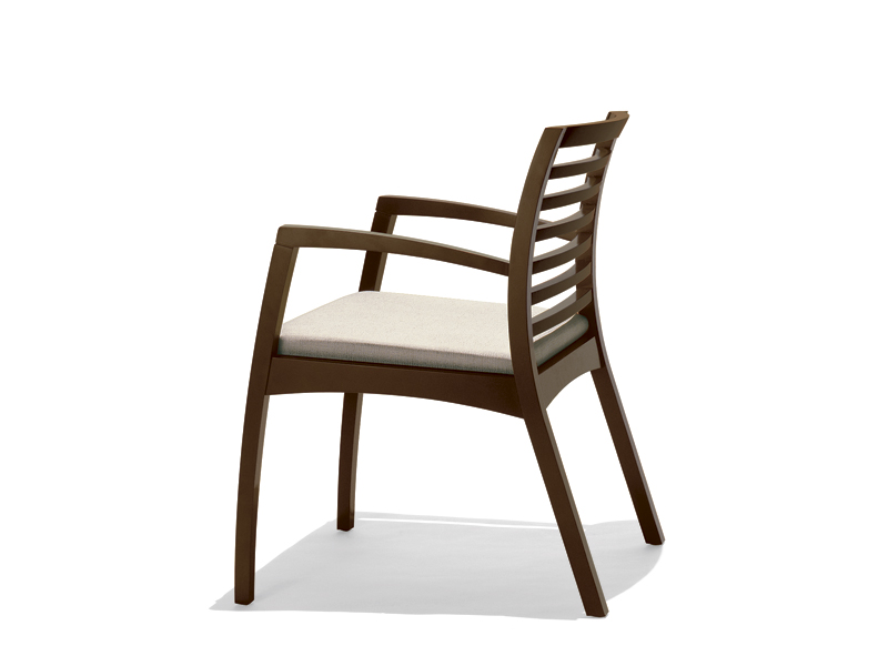 BEO Chair