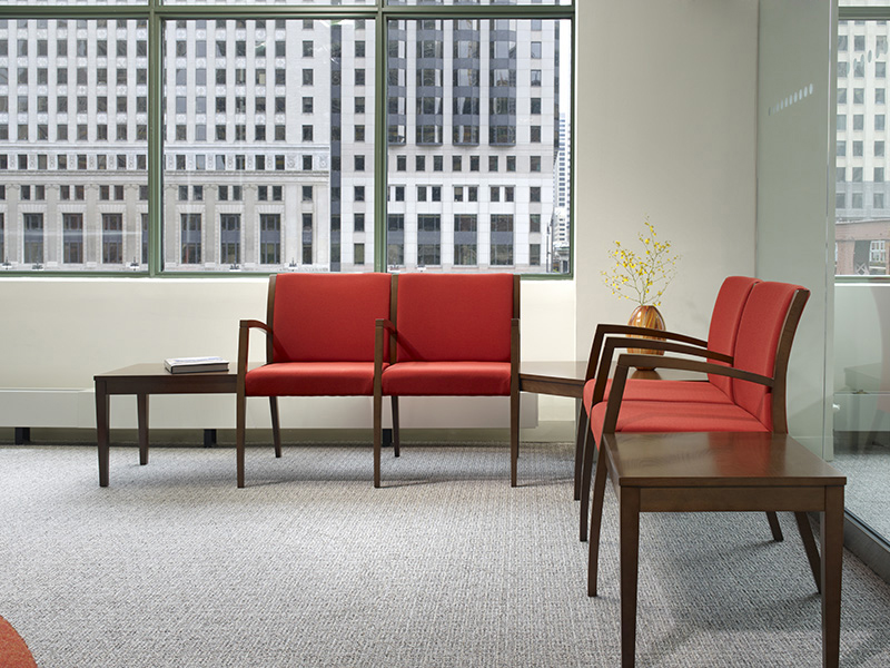 Beo tandem chairs with Beo tables