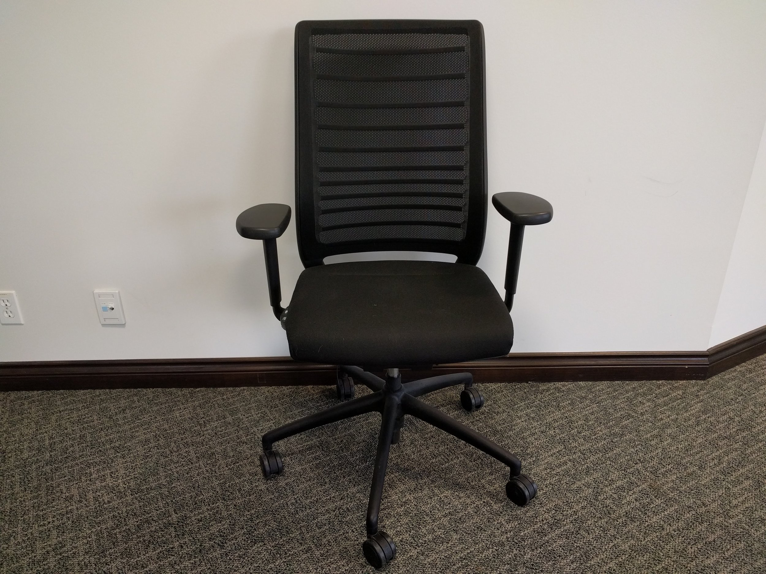 HERO TASK Chair