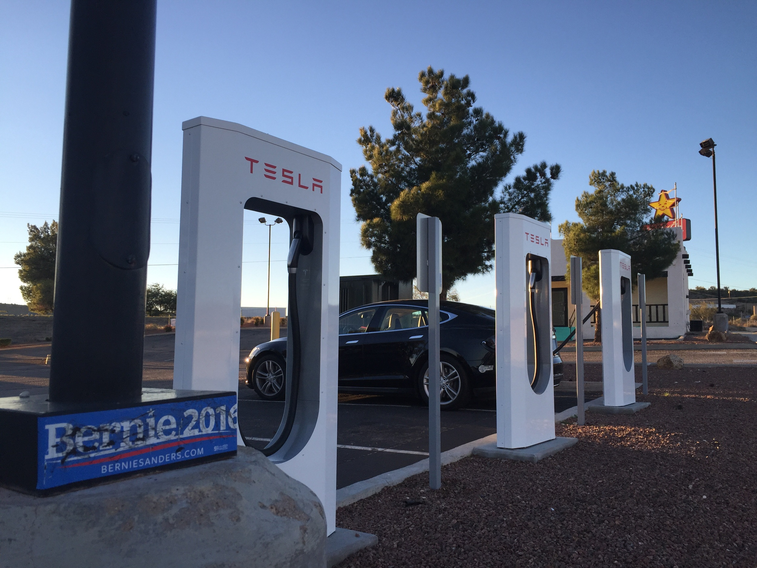 Apparently folks in Kingman, Arizona are excited for the upcoming election. Feel the Bern!!