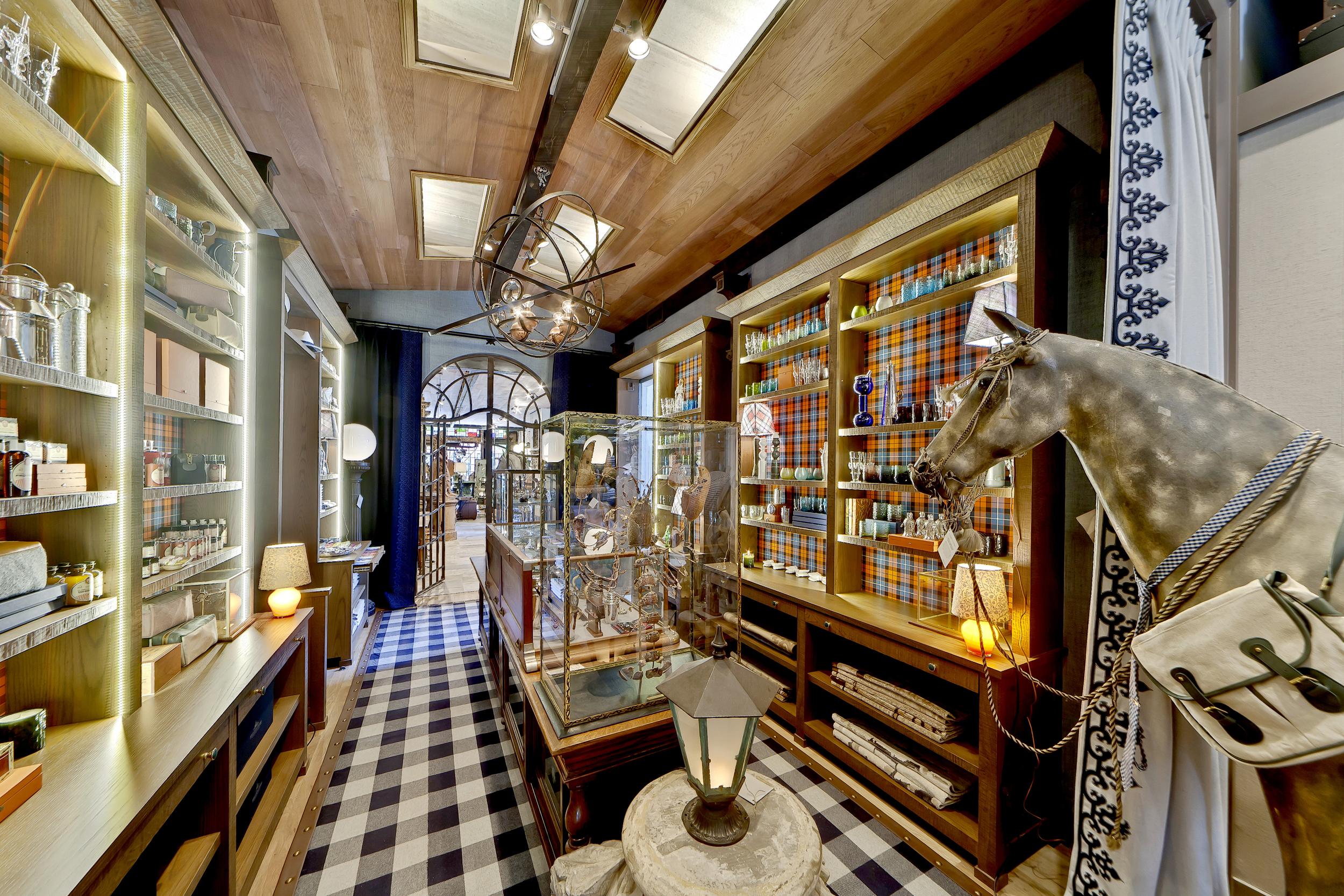 Holland & Sherry Bespoke Store