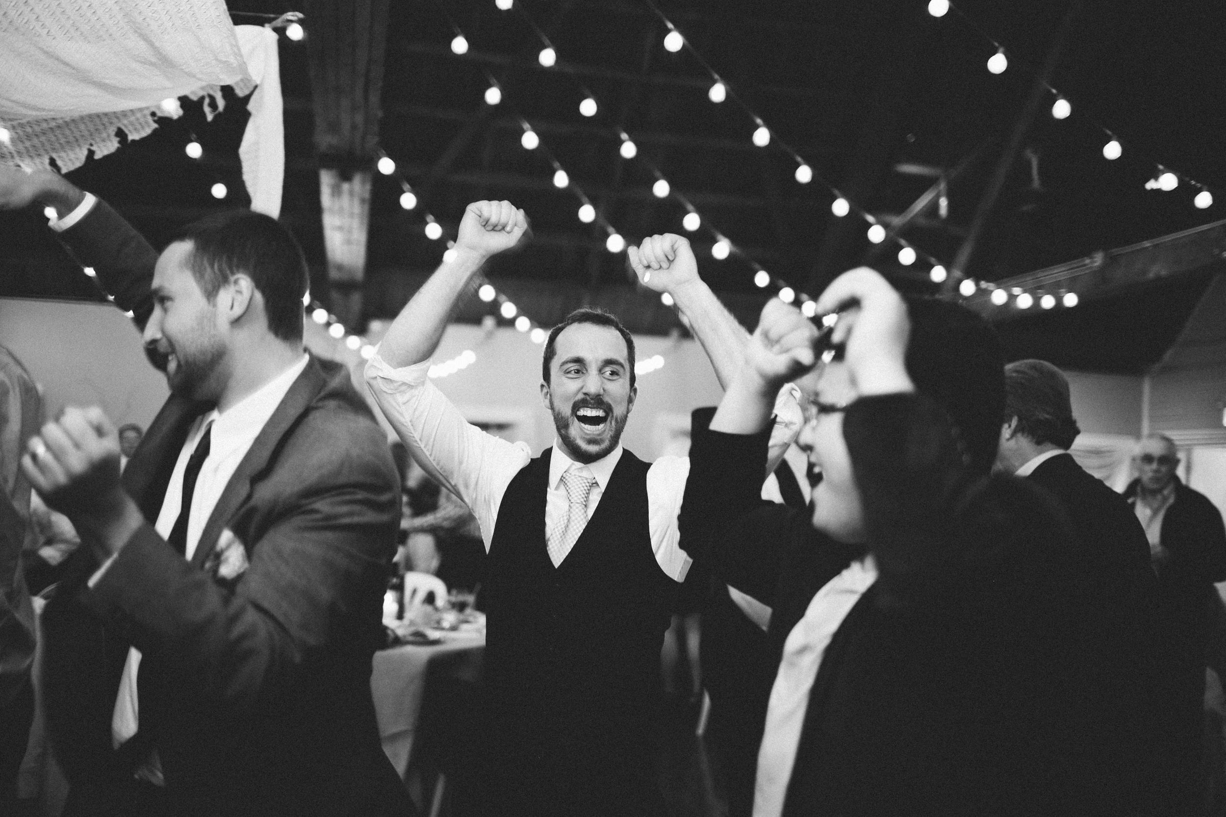 R+A wedding-553-556.jpg