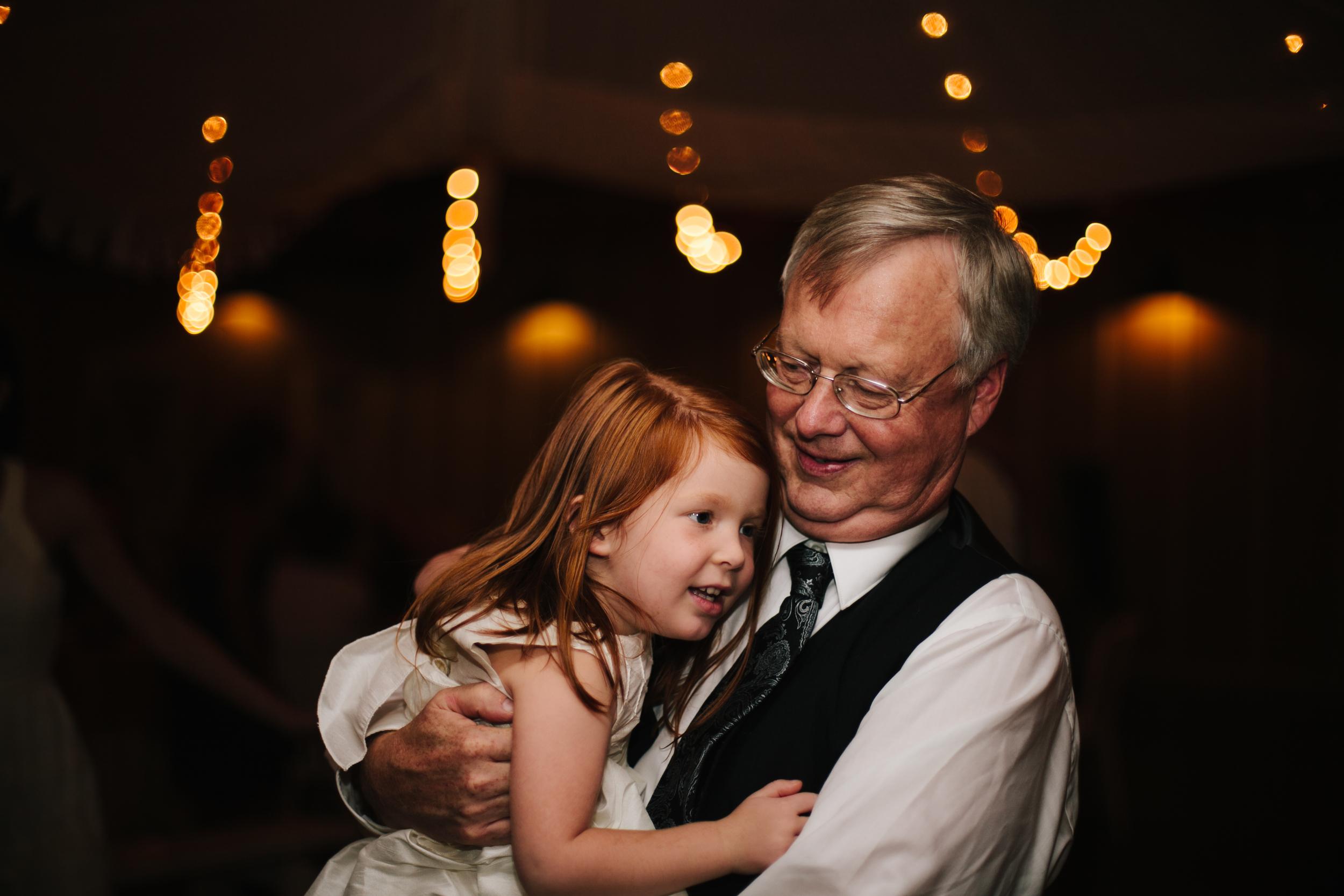 R+A wedding-562-565.jpg