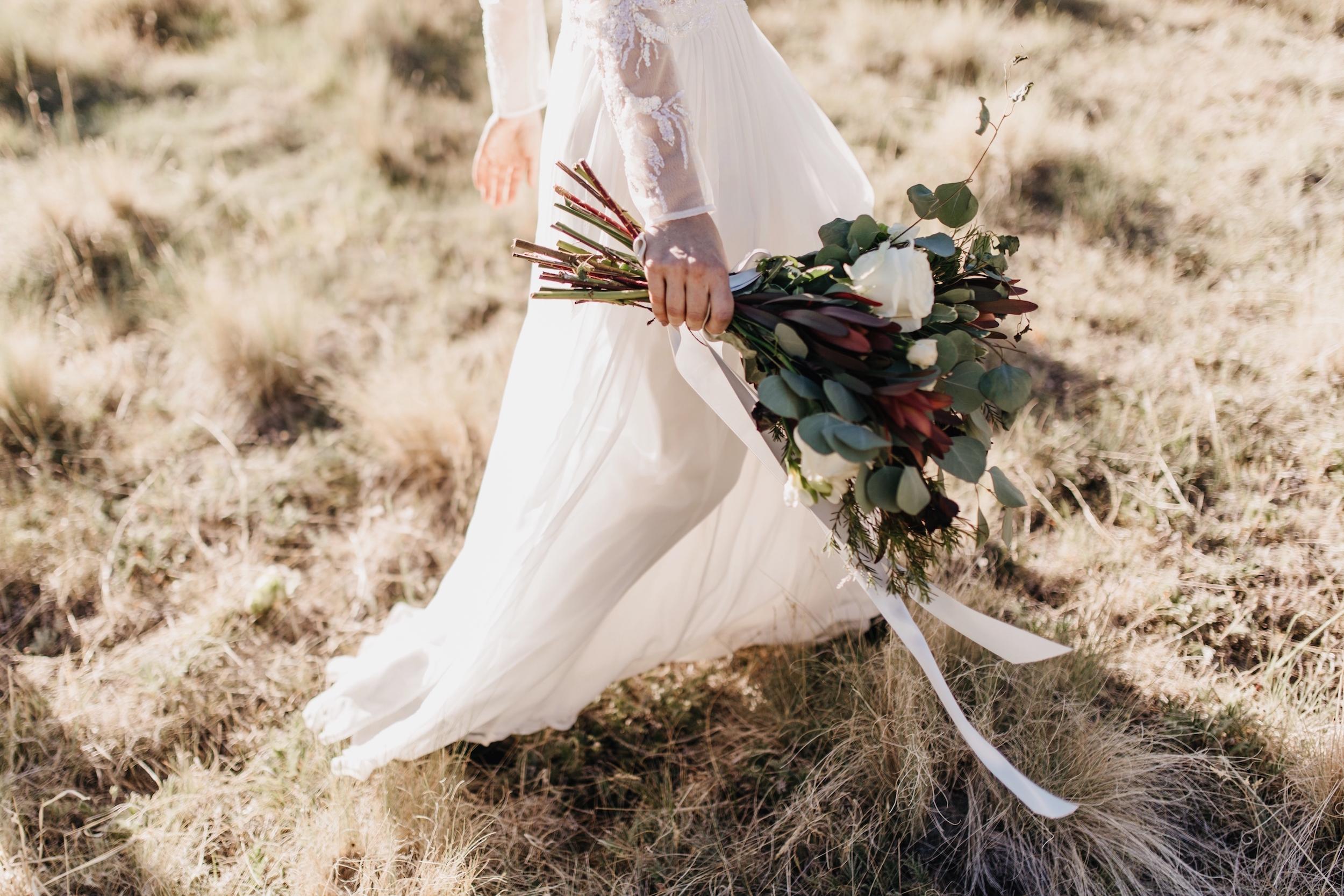 Locket - meadow - wedding 0002.jpg